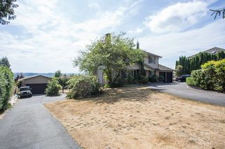 Photo 3: 16606 78 ave in Surrey: Fleetwood Tynehead House for sale : MLS®# R2201041