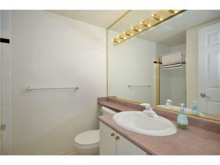 """Photo 8: 306 688 E 16TH Avenue in Vancouver: Fraser VE Condo for sale in """"VINTAGE EAST SIDE"""" (Vancouver East)  : MLS®# V950370"""