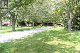 Photo 3: 452 COUNTY RD 46 in Lakeshore: House for sale : MLS®# 21017438