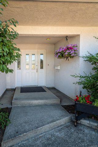 Photo 4: 2746 Lakehurst Dr in : La Goldstream House for sale (Langford)  : MLS®# 883166