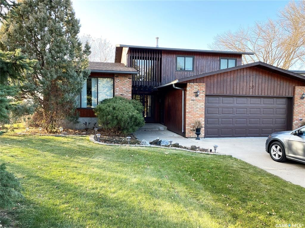 Main Photo: 39 Tufts Crescent in Outlook: Residential for sale : MLS®# SK833289