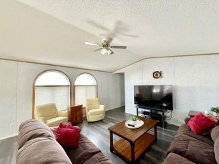 Photo 2: 111 Glendale Bay in Brandon: North Hill Residential for sale (D25)  : MLS®# 202123778