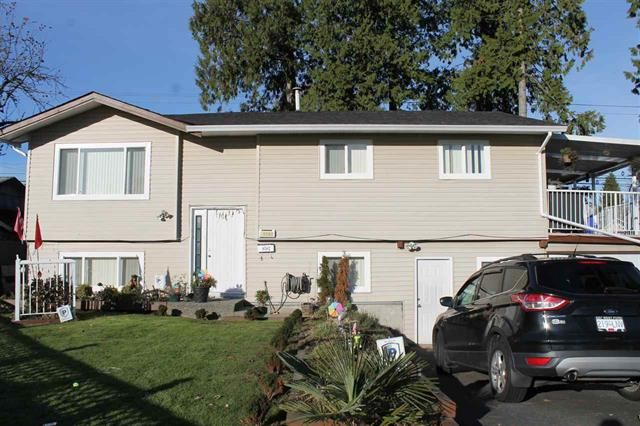 Main Photo: 9582 132A ST in Surrey: Queen Mary Park Surrey House for sale : MLS®# R2017643