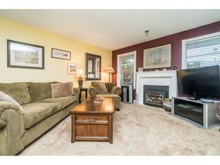 "Photo 4: 102 9045 WALNUT GROVE Drive in Langley: Walnut Grove Townhouse for sale in ""BRIDLEWOODS"" : MLS®# R2533912"