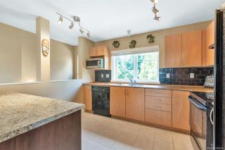 Photo 4: 15 5839 Panorama Drive in Surrey: Sullivan Station Townhouse for sale : MLS®# R2386944