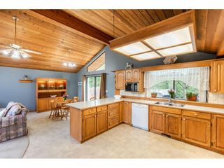 """Photo 5: 6057 243 Street in Langley: Salmon River House for sale in """"Salmon River"""" : MLS®# R2538045"""