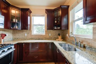 Photo 10: 5612 KINCAID ST in Burnaby: Deer Lake Place House for sale (Burnaby South)  : MLS®# V1082555