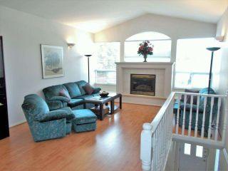 Photo 3: 710 MORRISON Avenue in Coquitlam: Coquitlam West 1/2 Duplex for sale : MLS®# R2393487