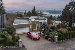 Photo 2: 2548 WESTHILL Close in West Vancouver: Westhill House for sale : MLS®# R2558784