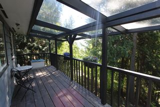 Photo 3: 7716 Golf Course Road in Anglemont: North Shuswap House for sale (Shuswap)  : MLS®# 10135100