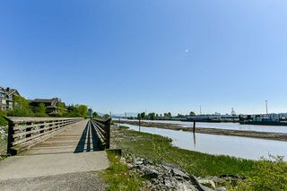 """Photo 14: 304 260 SALTER Street in New Westminster: Queensborough Condo for sale in """"Portage"""" : MLS®# R2265061"""