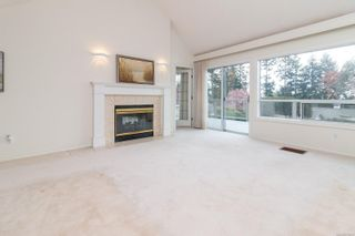 Photo 5: 15 928 Bearwood Lane in : SE Broadmead Row/Townhouse for sale (Saanich East)  : MLS®# 872824