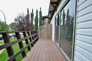 Photo 4: 431 21 Avenue NE in Calgary: Winston Heights/Mountview Semi Detached for sale : MLS®# A1135304