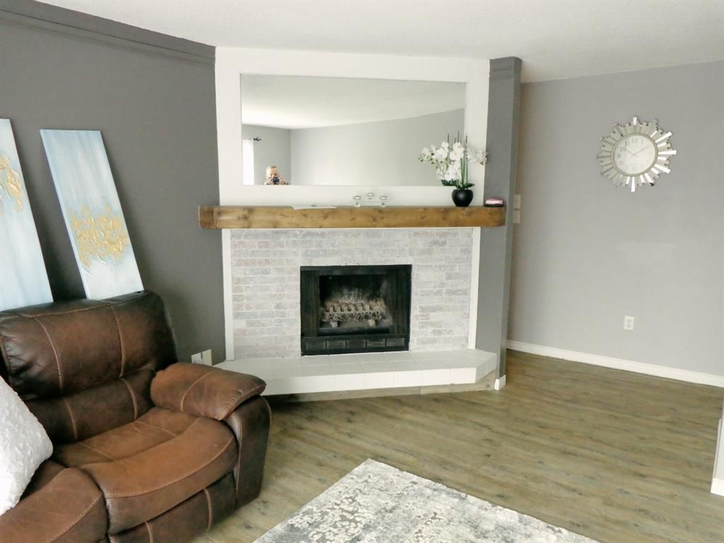 Photo 9: Photos: 301 5812 61 Street: Red Deer Apartment for sale : MLS®# A1063837