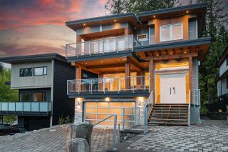 Photo 3: 3315 DESCARTES Place in Squamish: University Highlands House for sale : MLS®# R2580131