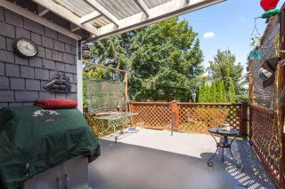 """Photo 15: 951 E 17TH Avenue in Vancouver: Fraser VE House for sale in """"CEDAR COTTAGE"""" (Vancouver East)  : MLS®# R2205343"""