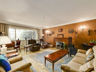 Photo 4: 2031 W 30TH Avenue in Vancouver: Quilchena House for sale (Vancouver West)  : MLS®# R2596902