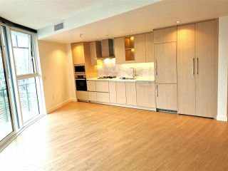 Photo 2: 2005 89 NELSON Street in Vancouver: Yaletown Condo for sale (Vancouver West)  : MLS®# R2522257