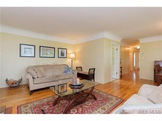 Photo 5: 4527 Duart Rd in VICTORIA: SE Gordon Head House for sale (Saanich East)  : MLS®# 674147
