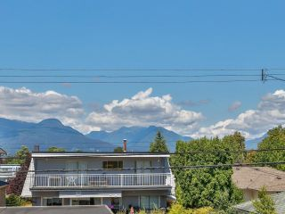Photo 19: 2681 E 4TH Avenue in Vancouver: Renfrew VE House for sale (Vancouver East)  : MLS®# R2605962