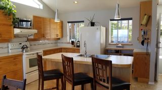Photo 8: 2978 South Island Hwy in Campbell River: CR Willow Point House for sale : MLS®# 854168