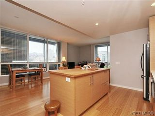 Photo 7: 302 399 Tyee Rd in VICTORIA: VW Victoria West Condo for sale (Victoria West)  : MLS®# 637735