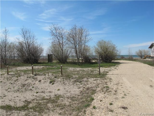 Photo 2: Photos:  in Woodlands: Twin Lake Beach Residential for sale (R19)  : MLS®# 1711980