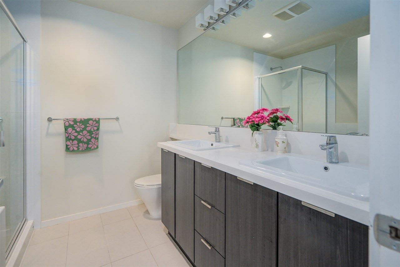 """Photo 16: Photos: 216 3107 WINDSOR Gate in Coquitlam: New Horizons Condo for sale in """"BRADLEY HOUSE"""" : MLS®# R2481599"""