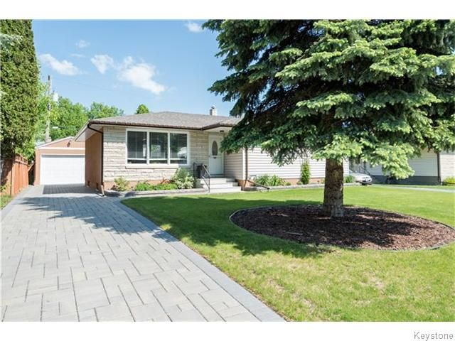 Professionally landscaped exterior and new driveway to patio area
