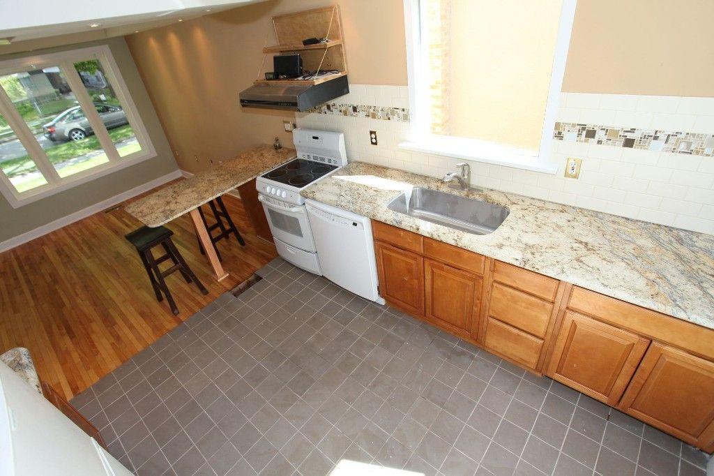 Photo 8: Photos: 1088 Sherburn Street in Winnipeg: West End Single Family Detached for sale (West Winnipeg)  : MLS®# 1414577