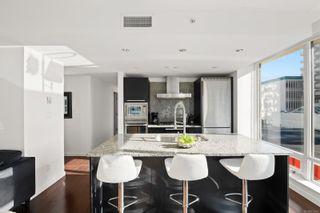 Photo 3: 502 708 Burdett Ave in : Vi Downtown Condo for sale (Victoria)  : MLS®# 872493