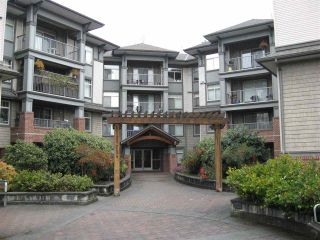 "Photo 1: 212 12020 207A Street in Maple Ridge: Northwest Maple Ridge Condo for sale in ""Westbrooke"" : MLS®# R2368399"