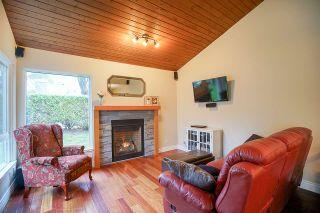 "Photo 9: 6191 E GREENSIDE Drive in Surrey: Cloverdale BC Townhouse for sale in ""GREENSIDE"" (Cloverdale)  : MLS®# R2225594"