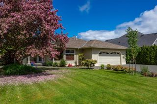Photo 2: 1976 Fairway Dr in : CR Campbell River Central House for sale (Campbell River)  : MLS®# 875693