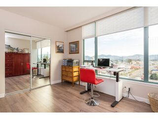 """Photo 14: 1402 32330 SOUTH FRASER Way in Abbotsford: Abbotsford West Condo for sale in """"TOWN CENTER TOWER"""" : MLS®# R2521811"""