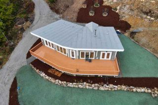 Photo 1: 1920 HANBURY Road: Roberts Creek House for sale (Sunshine Coast)  : MLS®# R2517180