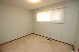 Photo 12: 825 East Centre in Saskatoon: Eastview SA Residential for sale : MLS®# SK870777