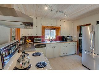 """Photo 3: 41550 GOVERNMENT Road in Squamish: Brackendale House for sale in """"BRACKENDALE"""" : MLS®# V1051640"""