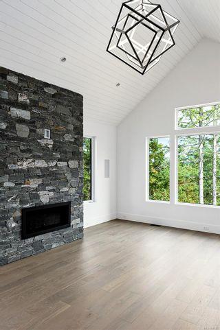 Photo 21: 2046 Pinehurst Terr in Langford: La Bear Mountain House for sale : MLS®# 885832