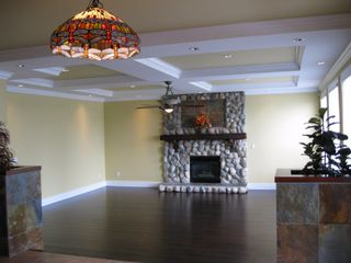 Photo 8: 351 MARMONT STREET in COQUITLAM: House for sale