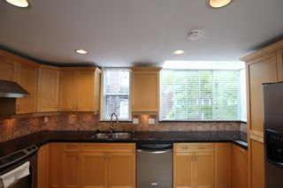 Photo 13:  in : Vancouver West Townhouse for rent : MLS®# AR102