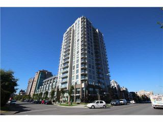 Photo 10: 904 135 E 17TH Street in North Vancouver: Central Lonsdale Condo for sale : MLS®# R2038208