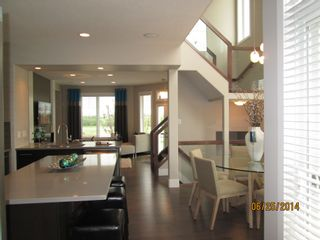 Photo 2: 7430 May Common NW in Edmonton: Condo for rent