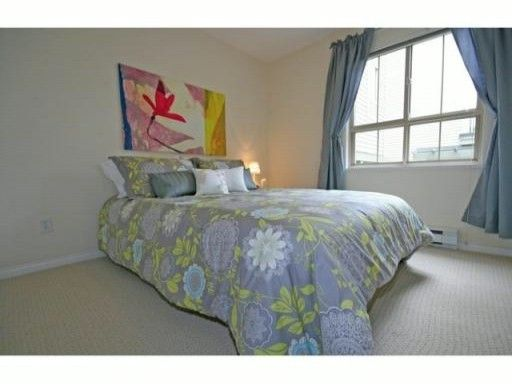 """Photo 9: Photos: 30 2375 W BROADWAY in Vancouver: Kitsilano Townhouse for sale in """"TALIESIN"""" (Vancouver West)  : MLS®# V834617"""