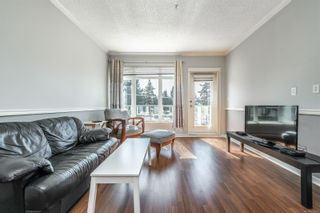 Photo 4: 405 2220 Sooke Rd in : Co Hatley Park Condo for sale (Colwood)  : MLS®# 872370