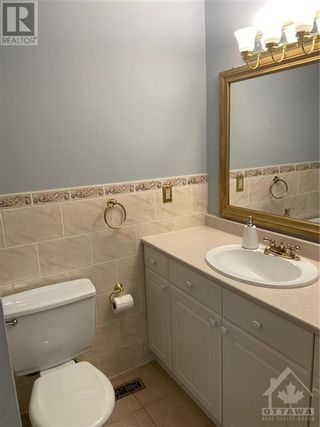 Photo 12: 15 STARWOOD ROAD in Ottawa: House for rent : MLS®# 1265449