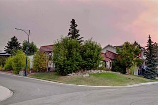 Photo 10: 23 CORNWALLIS Drive NW in Calgary: Cambrian Heights House for sale : MLS®# C4136794