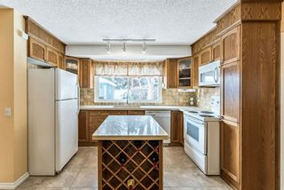 Photo 6: 11819 Elbow Drive SW in Calgary: Canyon Meadows Detached for sale : MLS®# A1071296