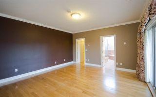 """Photo 10: 7851 SUNNYHOLME Crescent in Richmond: Broadmoor House for sale in """"SUNNYMEDE"""" : MLS®# R2158185"""