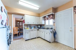 Photo 4: 5231 SPRUCE Street in Burnaby: Deer Lake Place House for sale (Burnaby South)  : MLS®# R2134328